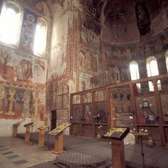 ©Sacred Sites / Martin GrayThe construction of Bagrati Cathedral, named after Bagrat III, the first king of united Georgia, started at the end of the 10th century and was completed in the early years of the 11th century. Although partly destroyed by the Turks in 1691, its ruins still lie in the centre of Kutaisi. The Gelati Monastery between the 12th and 17th centuries, is a well-preserved complex, with wonderful mosaics and wall paintings. medieval architecture in Georgia.
