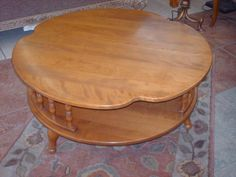 """Ethan Allen Coffee Table-T28178 - $100 (6550 E 41st St)  Maple Ethan Allen Coffee Table  34"""" Round  ****Only $100.00****  Consignment Furniture 6550 E 41st St Tulsa OK 74145 Phone 918.663.8313  **** OPEN EVERYDAY ****Mon - Sat 10a - 7p Sunday 1p-5p  We receive new and consignment furniture every week. We accept cash, Visa, MasterCard, and Discover. DELIVERY AVAILABLE for an additional fee."""