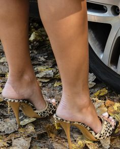 31 Best Mules Images In 2019 Sexy Feet Heeled Mules