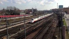 Stazione di Padova Italy - Treni misti in movimento. 2013 - HD -