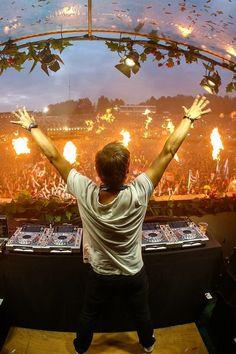 Armin at Tomorrowland 2014 Avicii, Rave Music, Edm Music, Armin Van Buuren, Dubstep, Tomorrowland Festival, A State Of Trance, Italo Disco, Best Dj