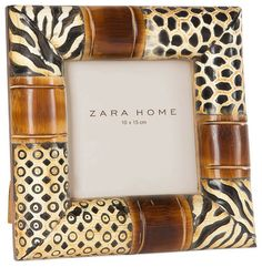 Wood and animal print picture photo frame by Zara Home. Living Room Mirrors, Living Room Decor, Eclectic Frames, Zara Home, Print Pictures, Picture Photo, Different Styles, Picture Frames, Sweet Home