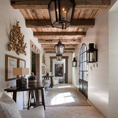 Tuscan design – Mediterranean Home Decor Dream Home Design, My Dream Home, Home Interior Design, Interior Designing, Interior Doors, Rustic House Design, Farmhouse Interior, Modern Farmhouse, White Farmhouse