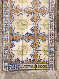 Azulejo tile lisboa