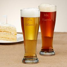 Groomsmen gifts: personalized Pilsner - Set of 2 | Personal Creations