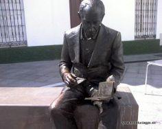 "#Cádiz - #Conil -   Monumento dedicado a José Saramago - 36º 16' 31"" -6º 5' 17"" / 36.275278, -6.088056  José de Sousa Saramago (Azinhaga, 16 de noviembre de 1922) escritor, periodista y dramaturgo portugués, Premio Nobel de Literatura 1998."
