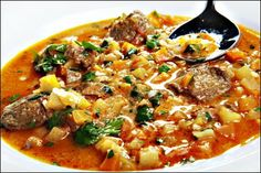 """-""""Mulligatawny"""", a south Indian soup is also the national soup of India as well as the national soup of Sri Lanka! Indian Soup, Mulligatawny, Tasty Dishes, Thai Red Curry, Love Food, Soup Recipes, Sri Lanka, Ethnic Recipes, Basket"""