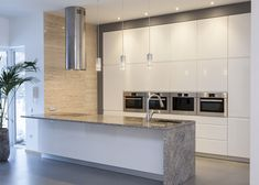 RAUVISIO crystal White Kitchen