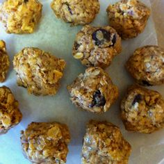 No-Bake Energy Bites. I took 2 great recipes and made 1 amazing one. Mix all in 1 bowl: 1 cup dry oatmeal, 1 cup peanut butter, 1/2 cup honey, 1/2 cup ground flax seed, 1 scoop protein powder, 1/4 cup dark chocolate chips. Chill for 1 hour. Make into little balls and eat. They are so good I ate 3 while making them.