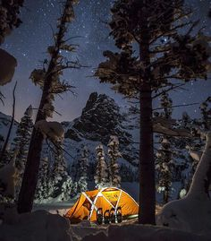 Winter camping at Notchtop Mountain in #Colorado  Photo: @moonmountainman  #wildernessculture by wilderness_culture