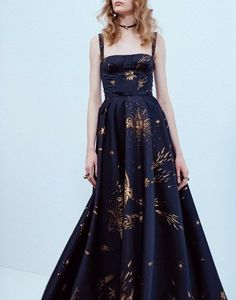 50 Elegant prom Dresses Design to Make You Charming Evening Dresses, Prom Dresses, Formal Dresses, Pretty Outfits, Pretty Dresses, Marine Gold, Mode Style, Beautiful Gowns, Dream Dress