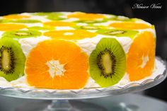 Cake with fruit and biscuits Cake Topper Tutorial, Cake Toppers, Romanian Food, No Cook Desserts, Pie Dessert, Cake Art, Cake Recipes, Food And Drink, Cooking Recipes