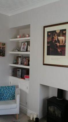 Skimming Stone | Paint Colours | Farrow & Ball Living Room Paint, Home Living Room, Living Room Decor, Farrow And Ball Paint, Farrow Ball, Wall Paint Colors, Bedroom Paint Colors, Alcove Shelving, Shelves
