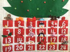Christmas Tree advent calendar felt with Ornaments/ Christmas Felt Advent Calendar, Christmas Tree Advent Calendar, Christmas Ornaments, Poinsettia, Holiday Decor, Etsy, Feltro, Calendar, Christmas Jewelry