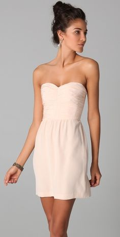 in love with this simple short dress and the updo