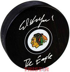 Ed Belfour Autographed Chicago Blackhawks Logo Puck Inscribed The Eagle 9581407e6