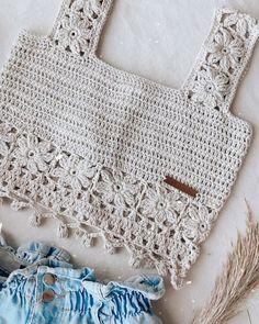 Crochet Clothes, Bikini Tops, Crochet Top, Knitting, Diy, Fashion, Crochet Strappy Tops, Block Dress, Basket