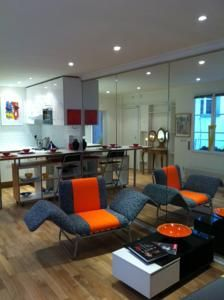 Into Paris - Louvre Apartment (Франция Париж) - Booking.com