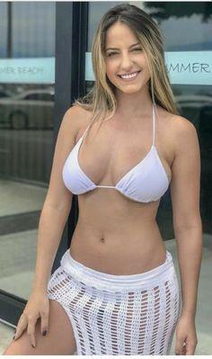 Sexy Bikini, Bikini Girls, Girl Photo Poses, Sexy Hot Girls, Stylish Girl, Beauty Women, String Bikinis, Sexy Women, Beautiful Women