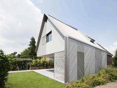 Casa com textura na diagonal