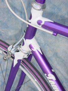 Purple_Headtube2.jpg 768×1.024 pixels