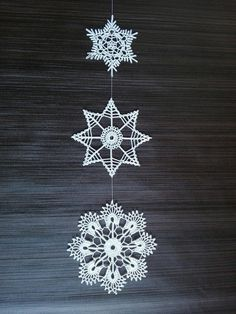 Elegant Christmas decoration - snowflakes mobile - holiday decorations - crochet snowflakes and wood - hygge home decor - unique home decor - Her Crochet Elegant Christmas Decor, Christmas Crafts, Christmas Decorations, Crochet Snowflakes, Crochet Doilies, Crochet Wall Art, Doily Art, Shuttle Tatting Patterns, Hygge