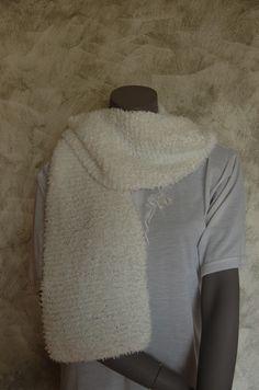 66 meilleures images du tableau echarpe blanche   Man fashion, Man ... 66146cd4603