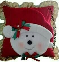 Christmas Sewing, Christmas Pillow, Christmas Items, Christmas Holidays, Christmas Decorations, Christmas Ornaments, Snowman Crafts, Holiday Crafts, Theme Noel