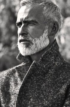 60 Grey Beard Styles For Men - Distinguished Facial Hair Ideas Beard Styles For Men, Hair And Beard Styles, Silver Foxes, Silver Man, Men With Grey Hair, Gray Hair, White Hair, Grey Beards, Moustaches