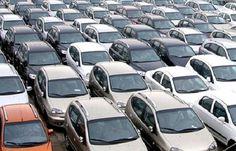 VÌ SAO ƯỚC MƠ SỞ HỮU Ô TÔ CỦA NGƯỜI VIỆT TRỞ NÊN XA VỜI?  Theo kết quả khảo sát, không ở đâu trên thế giới này, người tiêu dùng lại phải đóng nhiều loại thuế và phí đến thế khi mua và sử dụng một chiếc ôtô như ở Việt Nam.