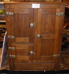 Antique Icebox, Beau
