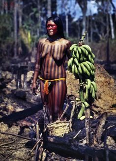Rodrigo Petrella - Find on ArtDiscover all the information about Rodrigo Petrella: artist bio, artworks, exhibitions, collections and more. Tribal People, Tribal Women, Amazon People, Amazon Tribe, Xingu, Indigenous Tribes, Artist Bio, African Tribes, North And South America