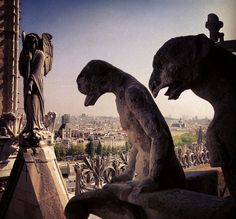 Qui gagne? #paris #france #francia #verano #vacaciones #conmishijas by ADPrietoPYC, via Flickr