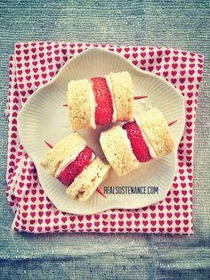 Strawberry Shortcake Kabobs. (Grain/Gluten/Dairy Free)--I totally love this idea!! but these would have to be adapted to be low carb.  I think it could easily be done though.  I know there are biscuit recipes that would work (Satisfying Eats) and for the frosting I might try a cream cheese frosting.