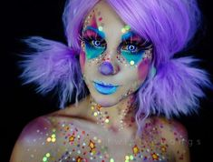 i loved how my cute sparkly clown girl looked with her eyes shut & w/ brighter lighting so glad you guys liked this one! ill be working on timelapses the next few days & hopefully some new looks! ✨products listed on previous post! Girl Clown Makeup, Clown Hair, 90s Makeup, Cute Clown Costume, Clown Costume Women, Clown Costumes, Ideas Maquillaje Carnaval, Clown Mignon, Halloween Make Up
