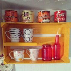 Caixote de feira que virou nicho na cozinha aqui de casa! #decoracao #caixotedefeira #reaproveitamento