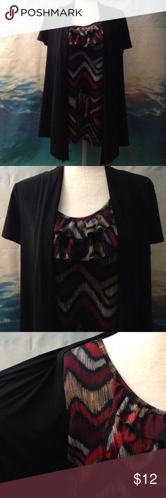 Layered Look Top This Top is all one piece. It has a very nice layered look. Perfect condition. Tops Blouses