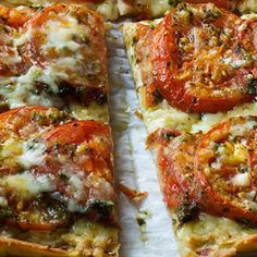 Anna's Tomato Tart - Barefoot Contessa Tart Recipes, Brunch Recipes, Vegetable Recipes, Summer Recipes, Appetizer Recipes, Appetizers, Cooking Recipes, Vegetable Soups, Wing Recipes