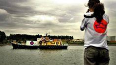 Foto van de abortusboot van Women on Waves, een organisatie die pleit voor vrije abortus. Een 'noodsituatie' van de vrouw is volgens de nieuwe regeling (januari 2014) geen voorwaarde meer voor een onderbreking van de zwangerschap.