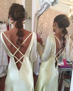 """Alicia Rueda Atelier dress for sister of the bride inspired by Kate Hudson& dress in the movie """"How to lose a boy in 10 days"""" - - Wedding Looks, Wedding Bride, Wedding Dresses, Wedding Hairstyles, Cool Hairstyles, Bride Sister, Hair Looks, Dream Dress, Bridal Style"""