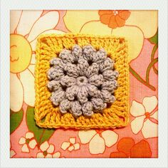 """Pattern: """" Something Pretty """" from Mille Makes . This little popcorn flower square is so freaking cute! I want to make a million of ..."""