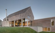 Gallery of Martin-Lancaster House / MacKay-Lyons Sweetapple Architects - 13