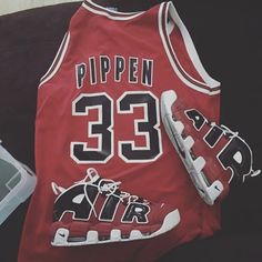 "Red Chicago ""Pippen"" #33 Basketball Throwback Jersey"
