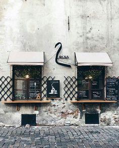 kawiarni w Krakowie 🍽 ______________________________________________ foto: @katiryniak #vzcokrakow #vscokrakow #yourvzcokrakow