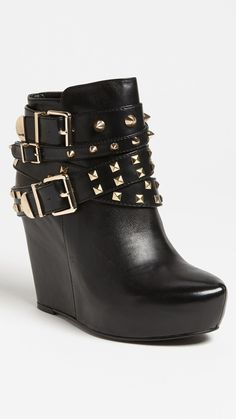 Fall fashion shoe trends 2013