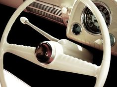 Good image of minimal interior of FJ Holden, most nice. ...from chromencurves