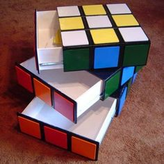 LOVE - Rubix cube table with drawers! Cubes, Cube Table, Diy Furniture Projects, Cube Furniture, Geek Furniture, Furniture Design, Unusual Furniture, Vintage Furniture, Modern Furniture