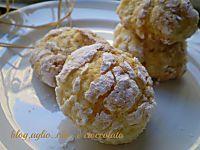 biscotti morbidi con le mandorle e yogurt