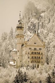 neuschwanstein castle, germany. yet another place i really want to go.