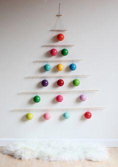 #diy modern holiday tree